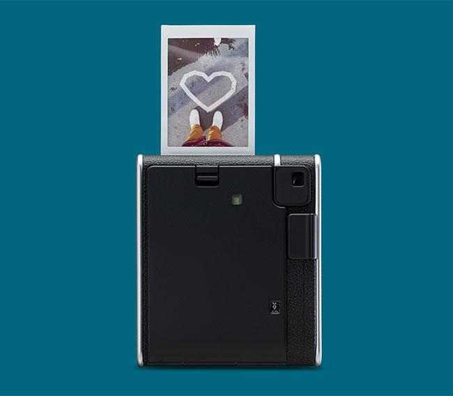 Fujifilm wprowadza ponadczasowy instax mini 40